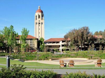 有名大学の外観